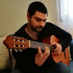 יונתן לוריא - מורה לגיטרה