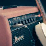 סדנה בגיטרה חשמלית לכל הגילאים