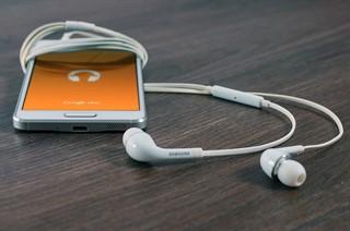 חשיפה והאזנה למוזיקה