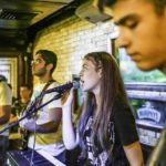 ללמוד לנגן בלהקה